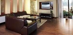 鹦鹉地板:专注品质,用心做产品标准筛